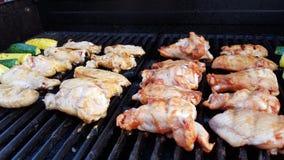 Fega vingar för grillfest Arkivfoton