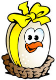 Fegt ägg som sitter i en korg Royaltyfri Bild