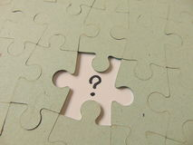Fehlendes Stück eines Puzzlespiels Lizenzfreie Stockfotos
