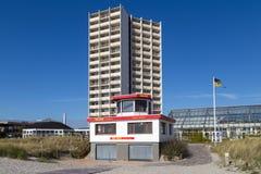 Хижина личной охраны на южном пляже на Fehmarn, Германии стоковая фотография