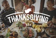 Feier-Familien-Danksagungs-Freundschafts-Spaß stockbild