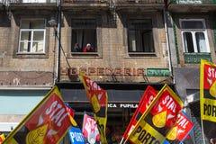 Feier von Maifeiertag in der Oporto-Mitte Stockfoto