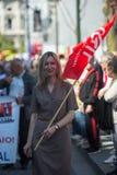 Feier von Maifeiertag in der Oporto-Mitte Allgemeines B?ndnis von portugiesischen Arbeitskr?ften, verbunden mit der kommunistisch stockfoto