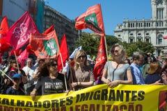 Feier von Maifeiertag in der Oporto-Mitte Allgemeines B?ndnis von portugiesischen Arbeitskr?ften, verbunden mit der kommunistisch stockfotos