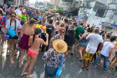 Feier von Songkran-Festival, das thailändische neue Jahr auf Phuket Stockbilder