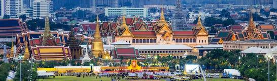Feiern des Geburtstages (der Vatertag), König von Thailand Lizenzfreie Stockfotos
