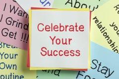 Feiern Sie Ihren Erfolg stockbild