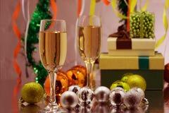 Feiertag Champagne feiernd Weihnachten und neues Jahr feiern mit Champagner stockbilder