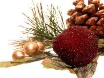 Feiertag: Künstliche Weihnachtsdekorationen Lizenzfreies Stockbild