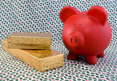 Feiertag Piggy und Geschenke Lizenzfreie Stockfotografie