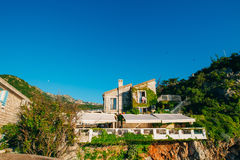 Feiertag in Thailand, KOH Samui, Rest von Asien, der Garten mit Seeansichten Montenegro, Kotor-Bucht Stockfotos
