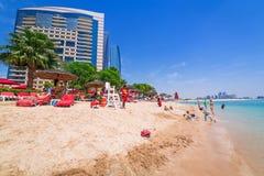 Feiertage auf dem Strand in Abu Dhabi Stockfoto