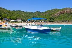 Feiertage im See von Sainte-Croix du Verdon lizenzfreie stockfotos