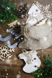 Feiertags-Hintergrund mit Weihnachtszusammensetzung Lizenzfreies Stockbild