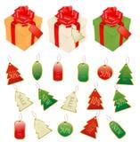 Feiertagsgeschenke und Elemente und Rabatkarten. Lizenzfreie Stockfotos