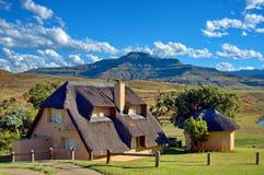 Feiertagshaus in königlichem Geburts-, Drakensberg Stockfoto