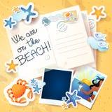 Feiertagshintergrund mit Postkarten Lizenzfreie Stockfotos