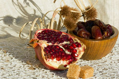 Feigen und Granatäpfel Lizenzfreies Stockbild