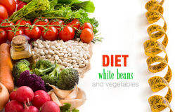 Feijões brancos com vegetais Fotografia de Stock Royalty Free