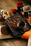 Feijões da xícara de café e de café imagens de stock