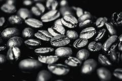 Feijões de café, café preto Imagens de Stock Royalty Free