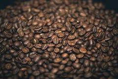 Feijões de café da tela cheia Imagens de Stock Royalty Free