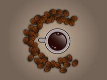 Feijões de café em torno do copo de café Fotografia de Stock