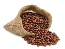 Feijões de café em um saco Imagens de Stock