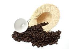 Feijões de café roasted escuros imagem de stock royalty free