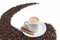 Feijões do café e de café. Imagem de Stock