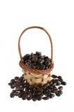 Feijões e cesta de café Fotografia de Stock
