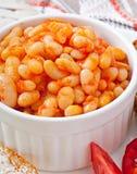Feijões cozidos em um molho de tomate suave Foto de Stock