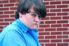 Feindlicher jugendlich Junge Stockfoto