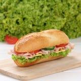 Feinkostgeschäft-Sandwichstangenbrot der gesunden Ernährung Vormit Schinken Lizenzfreie Stockbilder