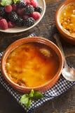 Feinschmecker Carmelized-Creme brulee stockfoto