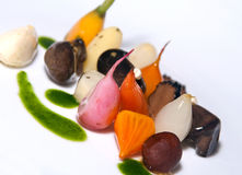Feinschmeckerischer vegetarischer Starter-Teller Stockfoto