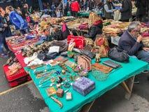 Feira da ladra de Ferikoy em Istambul, Turquia imagem de stock royalty free