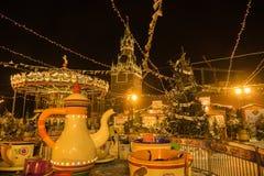 Feira no Kremlin em Moscou na noite Imagens de Stock Royalty Free