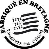 Feito em etiquetas do ` de Brittany vector moldes com assina dentro línguas francesas e bretãs Foto de Stock
