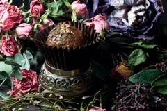 Feito pelo alimento saudável dos doces crus das mãos Foto de Stock Royalty Free