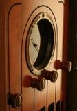 Feito por GE em 1930 este rádio da câmara de ar de vácuo ainda retem seu calor Fotografia de Stock
