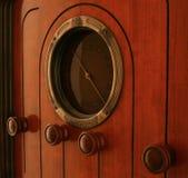 Feito por GE em 1930 este rádio da câmara de ar de vácuo ainda retem seu calor Foto de Stock Royalty Free