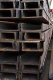 Feixes de aço inoxidável depositados nas pilhas Fotografia de Stock Royalty Free