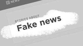 Fejka nyheternabegreppet Fejka nyheterna i innehållet och titlarna av olika nyhetsmediaplatser vektor illustrationer