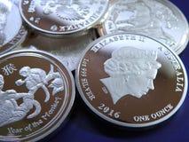 Fejka silvermynt Royaltyfri Bild
