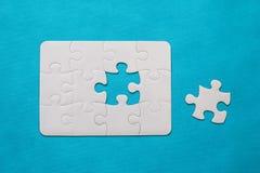 felande styckpussel för jigsaw Royaltyfria Bilder