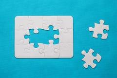 felande styckpussel för jigsaw Arkivbild