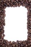 Feld der dunklen gebratenen Kaffeebohnen Lizenzfreie Stockfotografie