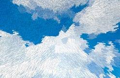 Feld des grünen Grases gegen einen blauen Himmel mit wispy weißen Wolken weiße Wolken über Weichzeichnung des blauen Himmels stockfotos