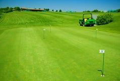 Feld für das Spielen des Golfs Stockfoto